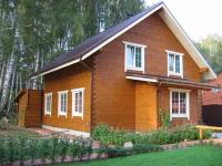 Клееный брус – лучший вариант для строительства домов из дерева!